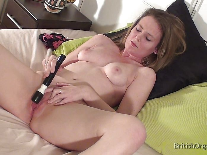 Babe big butt masturbate pussy dildo